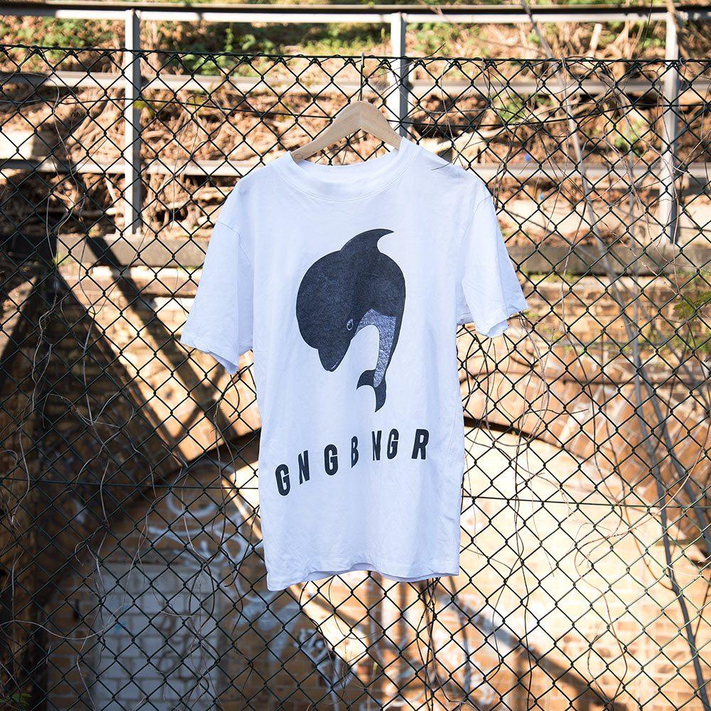 gangbanger shirt weiss zaun